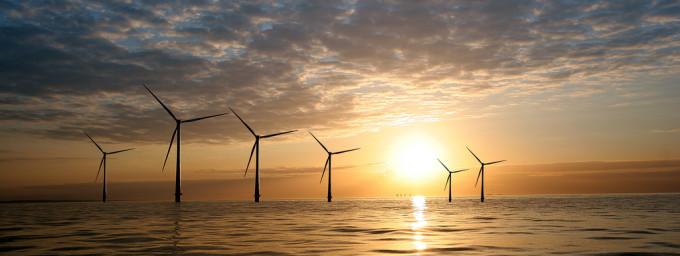 Windmolens-zee-Foto-Flickr-by-Vattenfall-680×256